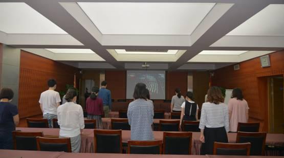 区总社党委组织收看全国人大开幕式